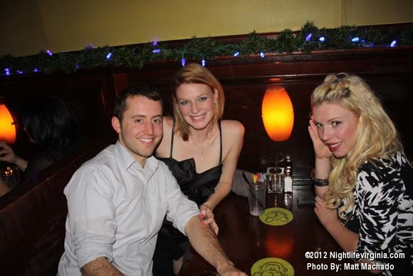 Ringin' in the New Year at 3 Monkey's - Photo #68555