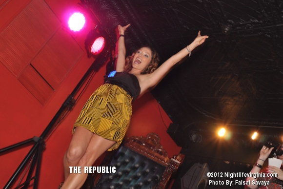 Bachelors and Bachelorettes Get Auctioned Off at Republic! - Photo #72127
