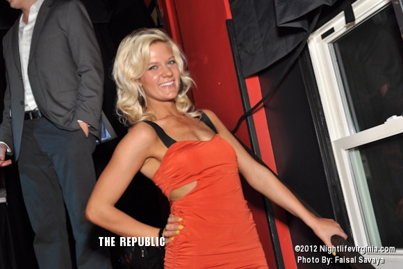 Bachelors and Bachelorettes Get Auctioned Off at Republic! - Photo #72138