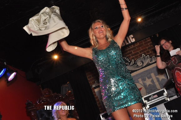 Bachelors and Bachelorettes Get Auctioned Off at Republic! - Photo #72158