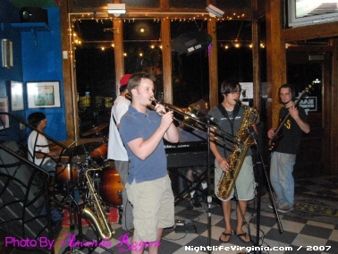 Jazzy night at the Easy Street Cafe - Photo #37622