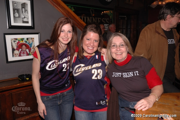 Great Times w/ Great Friends @ Connolly's - Photo #110924