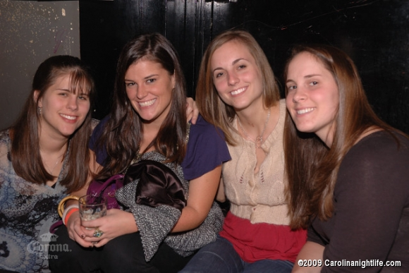 Great Times w/ Great Friends @ Connolly's - Photo #110930