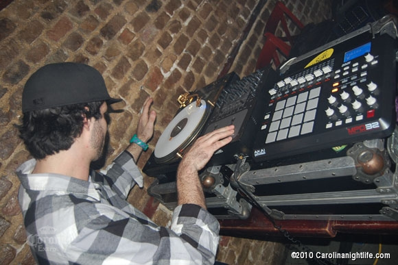DJ Joesky shut Down Aromas - Photo #258821