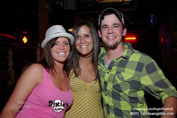 Saturday night at Dixie's Tavern - Photo #341378