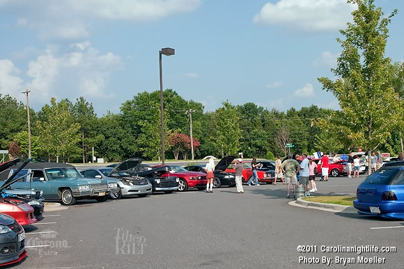 Cruise-In Car Event with the Ladies - Photo #365511