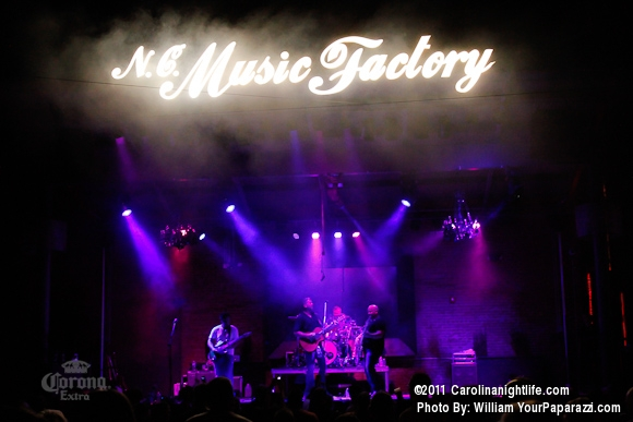 Friday live at the factory - Photo #371958