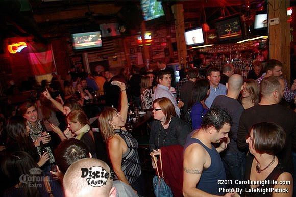Dixie's Tavern Saturday night - Photo #421802