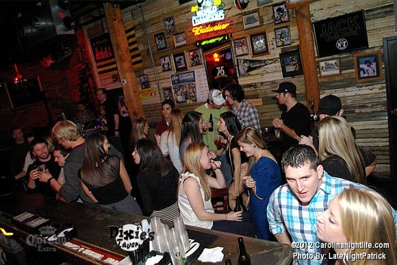Saturday night at Dixie's Tavern - Photo #443140
