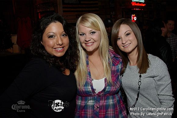 Saturday night at Dixie's Tavern - Photo #443150