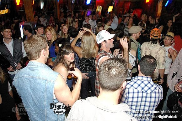 Saturday night at Dixie's Tavern - Photo #451829