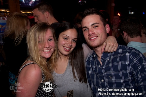 Saturday Night at Dixies Tavern - Photo #460778