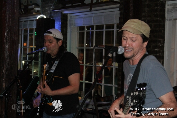 Dave Landeo Rocks Wild Wing Cafe - Photo #463685