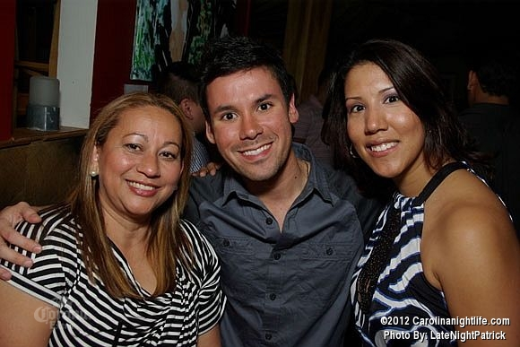 Tropical Saturday with DJ Nando at Cosmos - Photo #474529