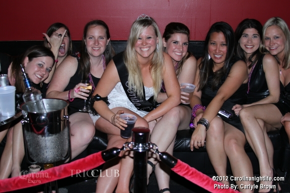 Bachelorettes Invade Trio - Photo #475693