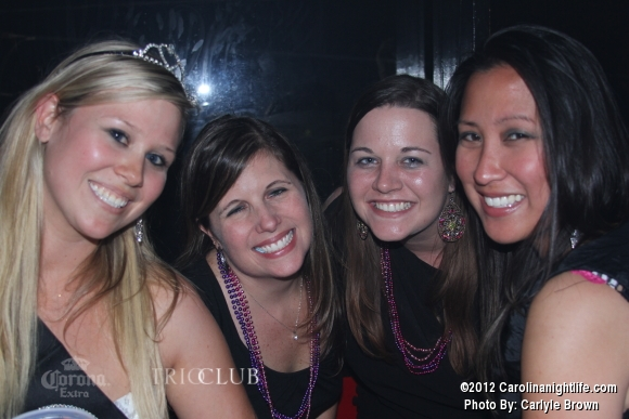Bachelorettes Invade Trio - Photo #475699
