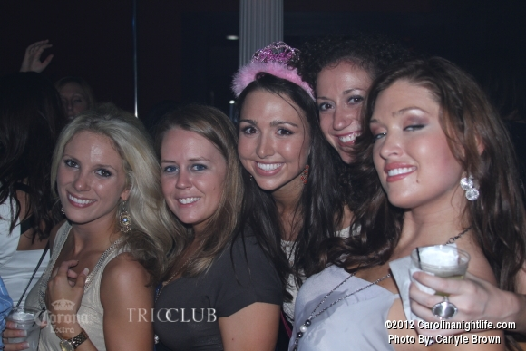 Bachelorettes Invade Trio - Photo #475701
