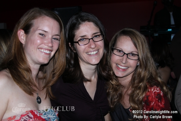 Bachelorettes Invade Trio - Photo #475705