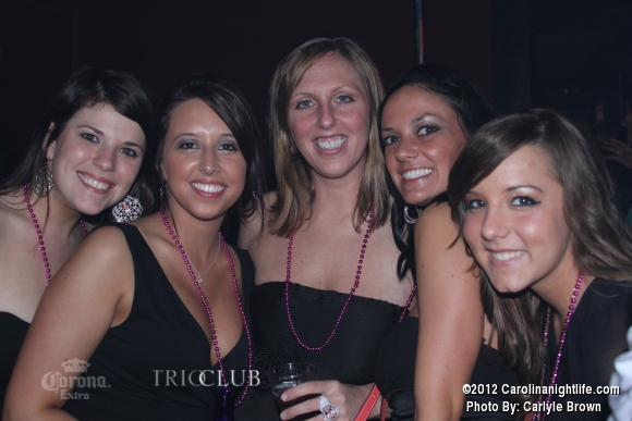 Bachelorettes Invade Trio - Photo #475707