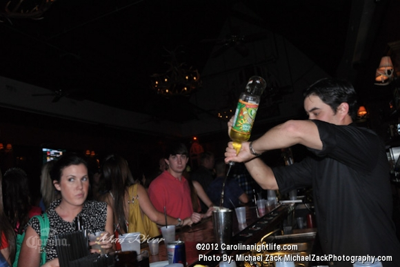 Partylicious People @ Mad River - Photo #484025