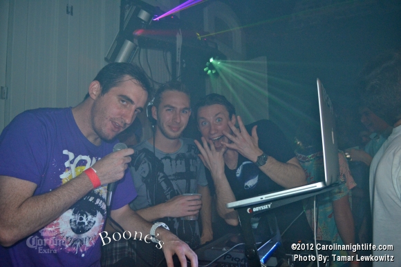 DJ N3AKO @ Boones - Photo #486768