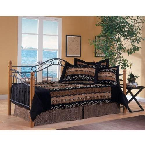 Hillsdale Winsloh Daybed With Posts And Suspension Deck And Trundle Black/Medium Oak - 123DBLHTR