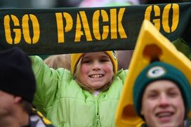 Young Packers fan