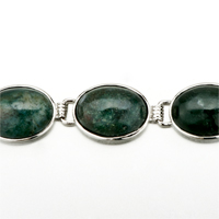New Year Deals - CLASSIC OVAL DEEP GREEN STONE BRACELETS alternate image 1.