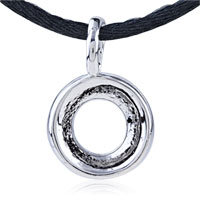 Necklace & Pendants - ROUND CIRCLE STAINLESS STEEL PENDANTS GIFT NECKLACE alternate image 1.