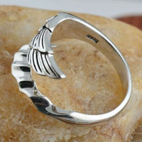 Rings - NEW WOMEN/ MEN ANGEL WING VINTAGE 925  STERLING SILVER OPENING ADJUSTABLE RINGS alternate image 2.