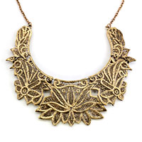 Necklaces - STATEMENT NECKLACE GOLDEN CHAIN JEWELRY HOLLOW FLORAL ADORNED PENDANT alternate image 2.
