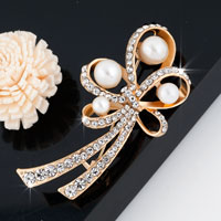 Pearl Floral Vintage Rhinestone Wedding Bridal Pin Swarovski Crystal Brooches