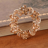 Vintage Topaz Rhinestone Crystal Gold Wreath Flower Brooch Pin Women