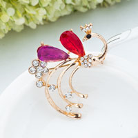 Vintage Fashion Gold Tone Peafowl Peacock Red Tear Drop Crystal Brooch Pin